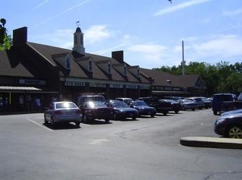 3831 Pennsylvania Avenue
